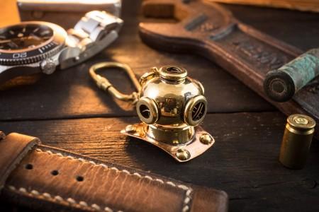 Brass Mini Nautical Diving Helmet Keychain, U.S. Navy Mark V Helmet