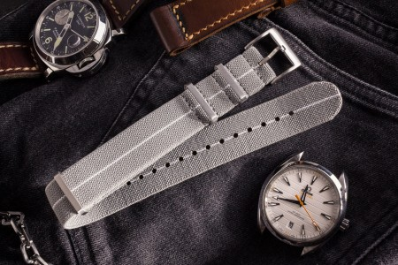 Gray and White Elastic Material Slip Through Nato Watch Strap (20 & 22mm)