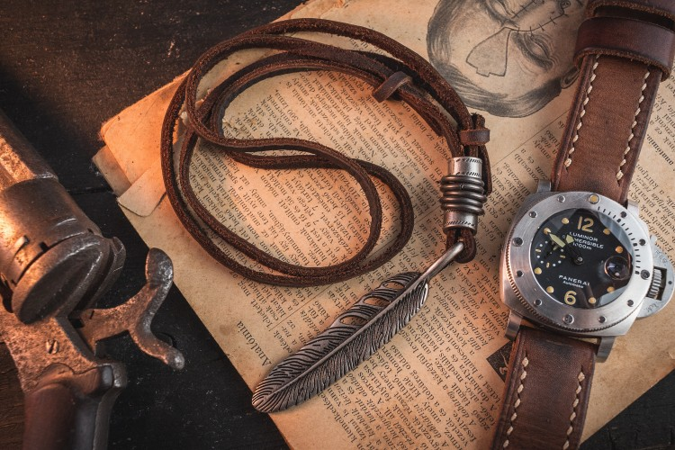 Menellus - Brown Genuine Leather Men's Necklace With Large Feather And Ring Pendants