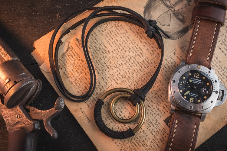 Andrerio - Black Genuine Leather Men's Necklace With Brass Ring Pendants