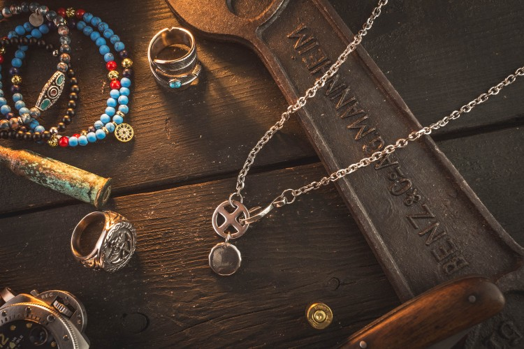 Vilacolm  - Stainless Steel Men's Necklace With Antiqued Eagle & Cross Pendant