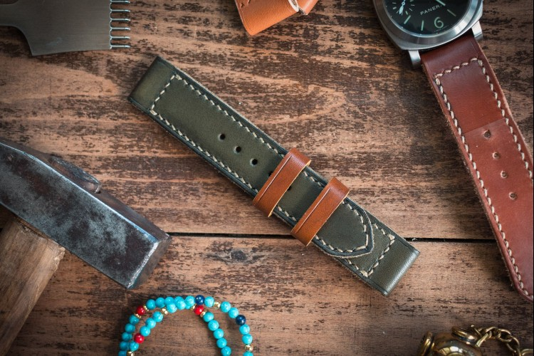 Antiqued Handmade 24mm Military Green Leather Strap 127/85mm