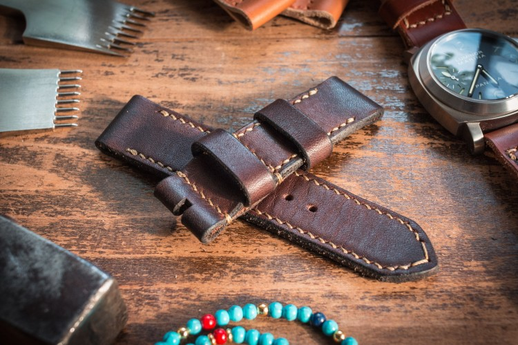Handmade 24mm Antiqued Dark Brown Leather Strap 125/86mm