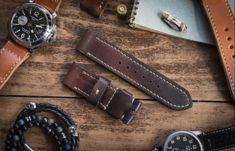 Antiqued Handmade 24/24mm Dark Brown Leather Strap 129/80mm with Beige Stitching