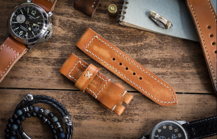 Antiqued Rustic Handmade 24/24mm Saddle Brown Leather Strap 126/82mm with Beige Stitching