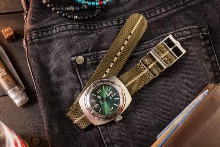 Oil Green and Khaki Adjustable Single Pass Slip Through Watch Strap (20 & 22mm)