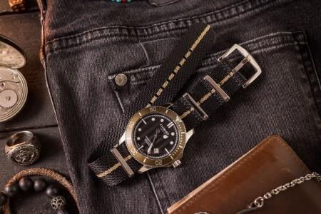 Black and Beige Premium Twill Slip Through Nato Watch Strap (20 & 22mm)