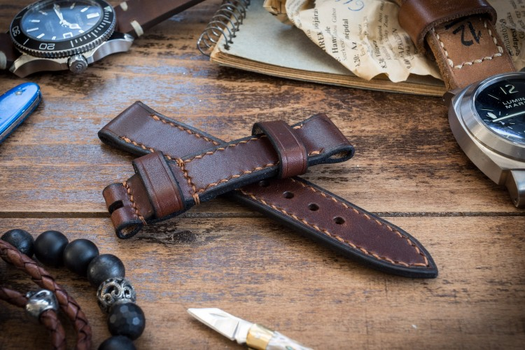Antiqued Handmade 20/20mm Veg Tan Dark Brown Leather Strap 125/80mm with Contrast Stitching