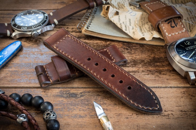 Antiqued Handmade 26/26mm Veg Tan Reddish Brown Leather Strap 125/85mm with Contrast Stitching