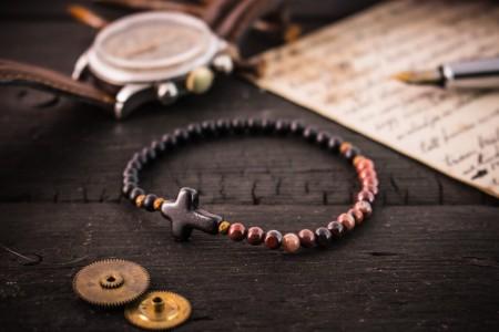 Eliot - 4mm - Matte Black Onyx & Red Jasper Beaded Stretchy Bracelet With Black Cross
