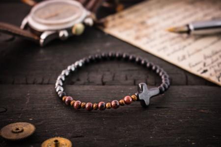Franek - 4mm - Matte Black Onyx & Red Jasper And Hematite Beaded Stretchy Bracelet with Black Cross