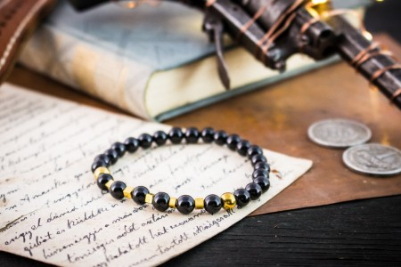 Abdalla - 6mm - Black Onyx Beaded Stretchy Bracelet with Golden Beads