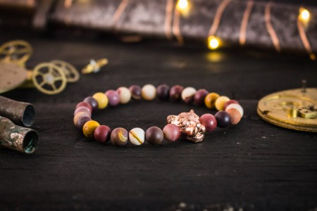 Leodhais - 6mm - Frosted Mookaite Beaded Stretchy Bracelet with Rose Gold Leopard