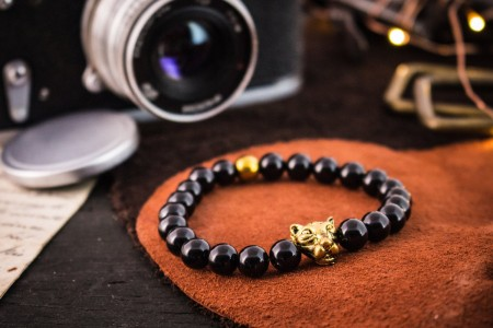 Cosmo - 8mm - Black Onyx Beaded Stretchy Bracelet with Gold Leopard Head