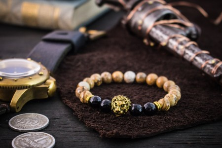 Brody - 8mm - Jasper Stone Beaded Stretchy Bracelet With Gold Lion Head & Faceted Onyx Beads