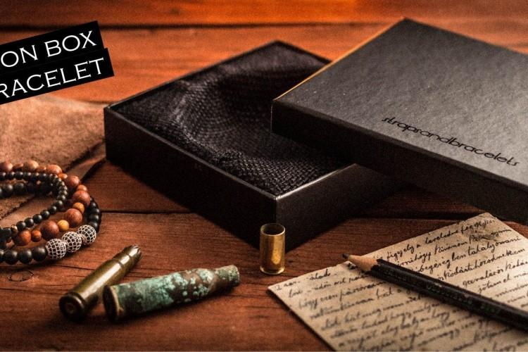 Jonny - 8mm - Matte Black Onyx, Dream Agate & Jasper Stone Beaded Stretchy Bracelet With Spartan Helmet