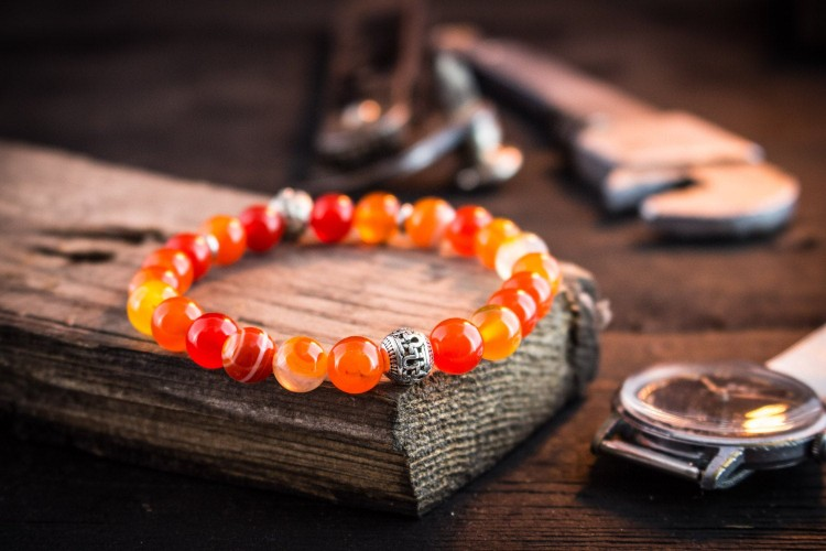 Jujhar - 8mm - Orange Agate Beads Stretchy Bracelet with Silver Skull from STRAPSANDBRACELETS