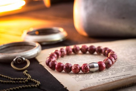 Gallacher - 8mm - Red Regalite Beaded Stretchy Bracelet with Stainless Steel End Bead