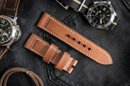 Antiqued Handmade 24/22mm Veg Tan Light Saddle Brown Leather Strap 125/80mm With Contrast Beige Stitching