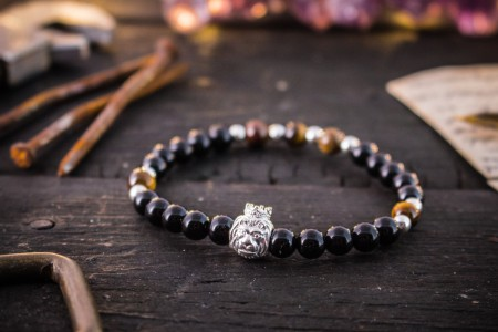 Barclay - 6mm - Black Onyx & Tiger Eye Beaded Stretchy Bracelet with Sterling Silver Lion and Beads
