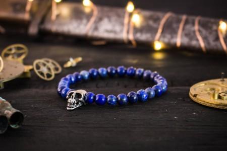 Fillan - 6mm - Blue Lapis Lazuli Beaded Stretchy Bracelet With Silver Skull