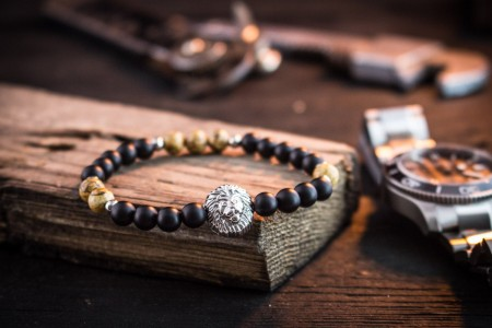 Danish - 6mm - Matte Black Onyx & Jasper Stone Beaded Stretchy Bracelet with Silver Lion