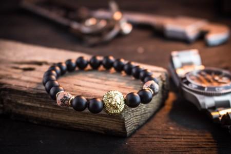 Sukhroop - 8mm - Black Onyx & Leopard Skin Beaded Stretchy Bracelet with Gold Lion