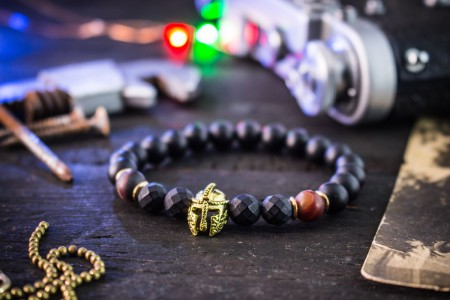 Jacus - 8mm - Matte Black Onyx & Dream Agate Beaded Stretchy Bracelet with Gold Spartan Helmet