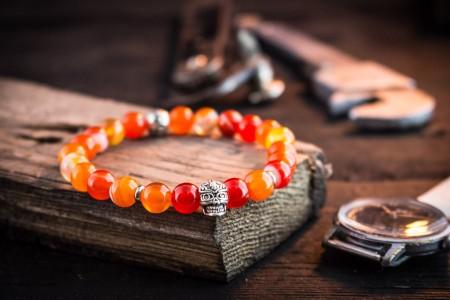Jujhar - 8mm - Orange Agate Beads Stretchy Bracelet with Silver Skull