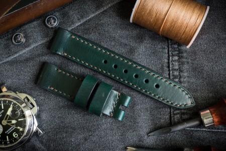 Antiqued, Hand Stitched 20/20mm Veg Tan Dark Joker Green Leather Strap 125/75mm