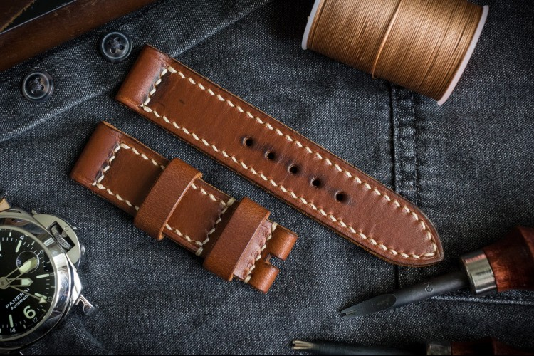 Antiqued Handmade 22/22mm Veg Tan Natural Brown Leather Strap 125/80mm with Beige Stitching from STRAPSANDBRACELETS