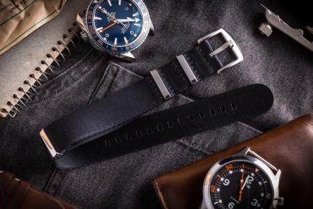 Black Premium Seat Belt Slip Through Nato Watch Strap (20 & 22mm)