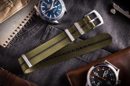 Green and Black Premium Seat Belt Slip Through Nato Watch Strap (20 & 22mm)